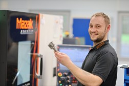 GROTEFELD Job Zerspanungsmechaniker für Mazak-Maschinen (m/w/d)